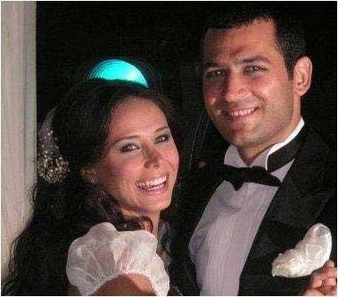 عکس های ساواش بالدار و همسر واقعی اش