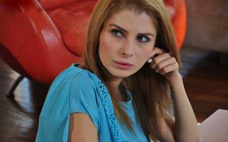 هولیا در سریال دیلا خانم, عکس های اژه ازدسیکی بازیگر نقش هولیا در سریال دیلا خانم,