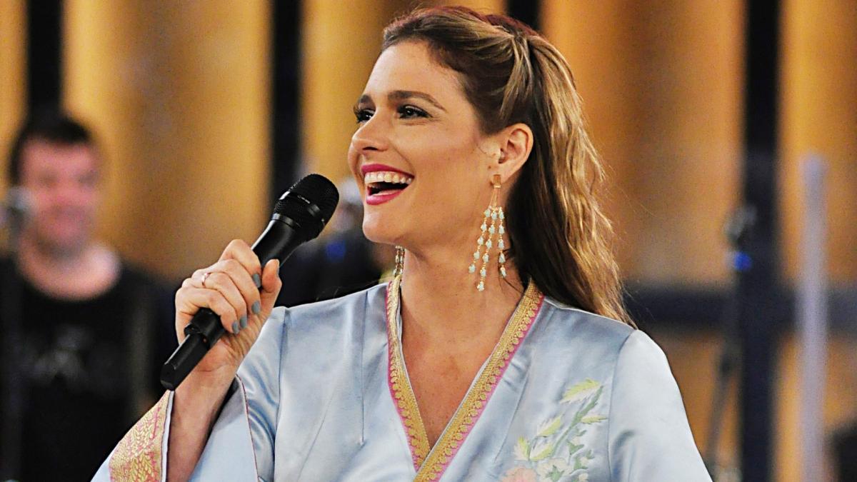 عکس های فرناندا لیما مدل معروف برزیلی , مجری زن مراسم قرعه کشی جام جهانی 2014 برزیل