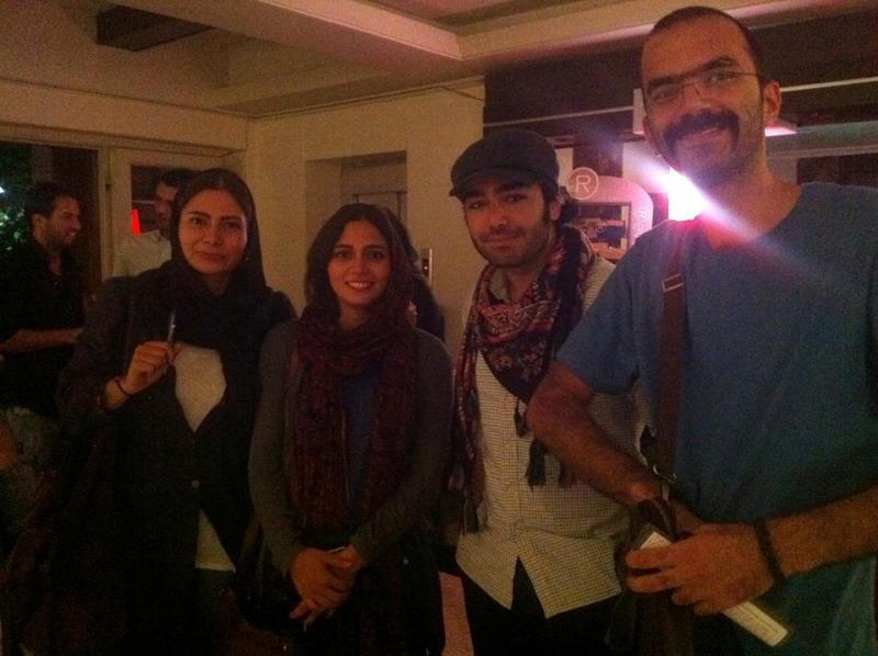 امیرحسین در کنار پگاه آهنگرانی ,  هنرجوی آکادمی گوگوش