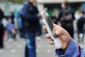 دانش آموزان می توانند چه موبایلی به مدرسه ببرند؟, قانون ممنوع بودن موبایل در مدارس
