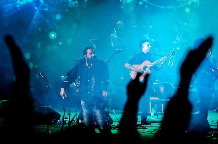 عکس کنسرت های جشنواره موسیقی فجر,عکس های موسیقی فجر 92,عکس از جشنواره موسیقی فجر,اجرای خوانندگان جشنواره موسیقی فجر 92