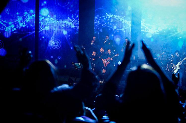 عکس های موسیقی فجر 92,عکس از جشنواره موسیقی فجر,اجرای خوانندگان جشنواره موسیقی فجر 92,نوازندگان زن موسیقی فجر بهمن 92