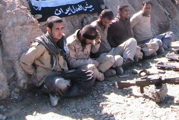 5 سرباز ایرانی,سربازان ایرانی,آخرین خبر از 5 سرباز ایرانی,فیلم 5 سرباز ایرانی,آزادی 5 سرباز ایرانی,عکس های 5 سرباز ایرانی,دانلود فیلم 5 سرباز ایرانی,واکنش شبکه های اجتماعی در برابر5 سرباز ایرانی,صفحه فیسبوک 5 سرباز ایرانی,جیش العدل,