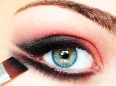 آرایش چشمان خمار,آرایش 2014,مدل آرایش چشم, آموزش آرایش چشم, آموزش آرایش چشم تصویری,آموزش سایه چشم زدن