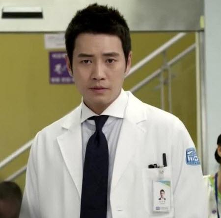 سریال آقای دکتر , داستان سریال آقای دکتر , عکس بازیگران سریال آقای دکتر