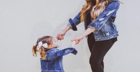 ست لباس ست کردن مادر و دختر