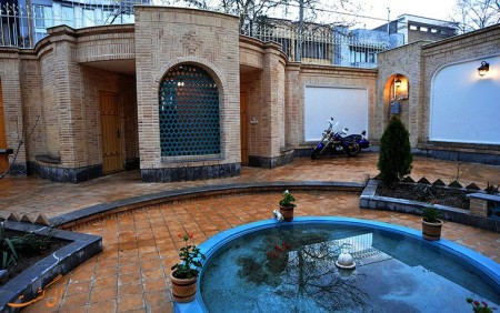 خانه قدیمی ملک در مشهد