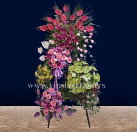 تاج گل پنج طبقه تبریک، هدیه شیک و لاکچری
